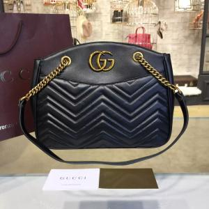 Gucci GG Marmont 2.0 Medium Quilted Shoulder Bag Fall/Winter 2016 Collection, Black