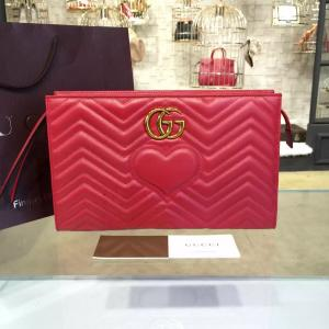 Gucci GG Marmont Matelassé Clutch Bag Fall/Winter 2016 Collection, Red