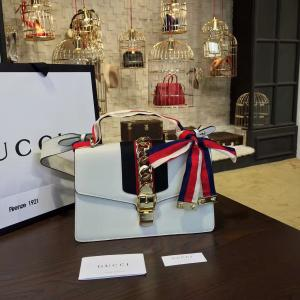 High Quality Replica Gucci Sylvie Medium Shoulder Bag Calfskin Leather Fall/Winter 2016 Collection, White